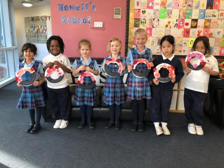 Year 1 Celebrate Diwali and Commemorate Remembrance Day